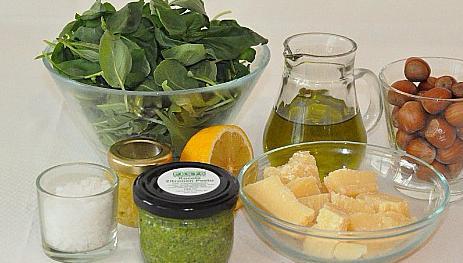 Rucola-Zitronen-Pesto