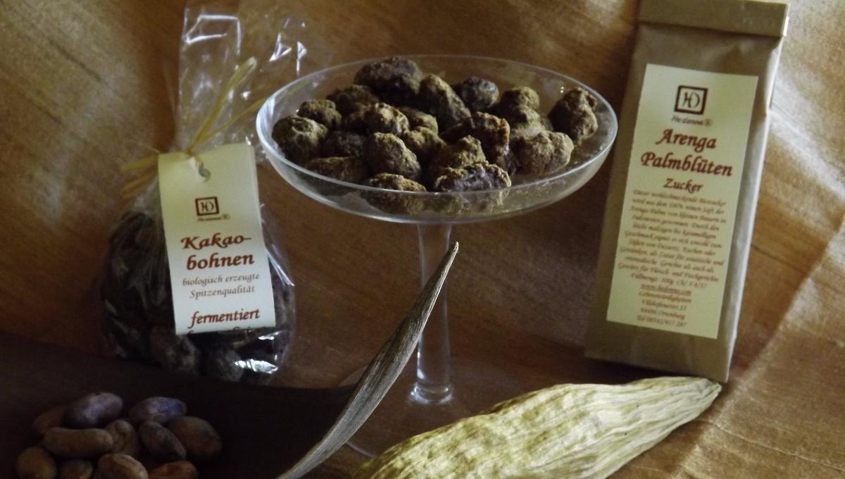 Kakaobohnen (ganz, ganz, karamelisiert in Arenga Palmzucker)