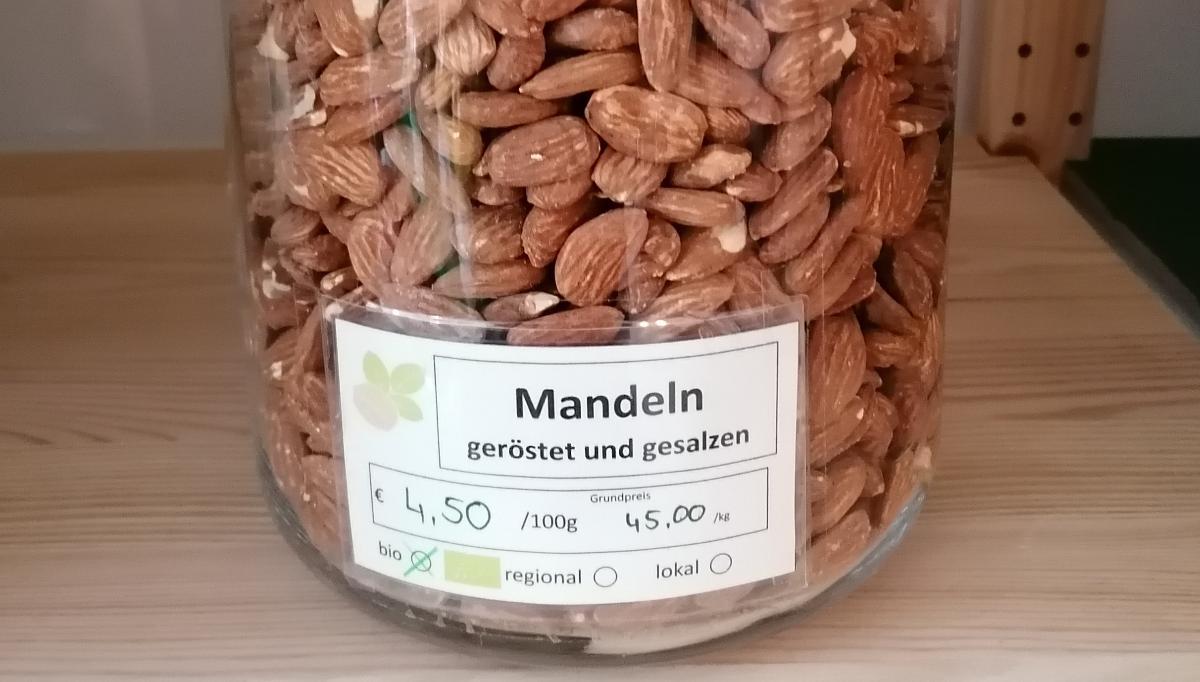Mandeln, geröstet und gesalzen